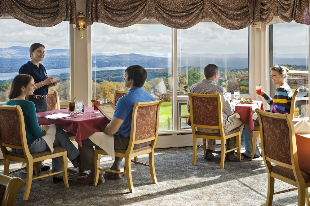 Restaurant, Steele Hill Resorts