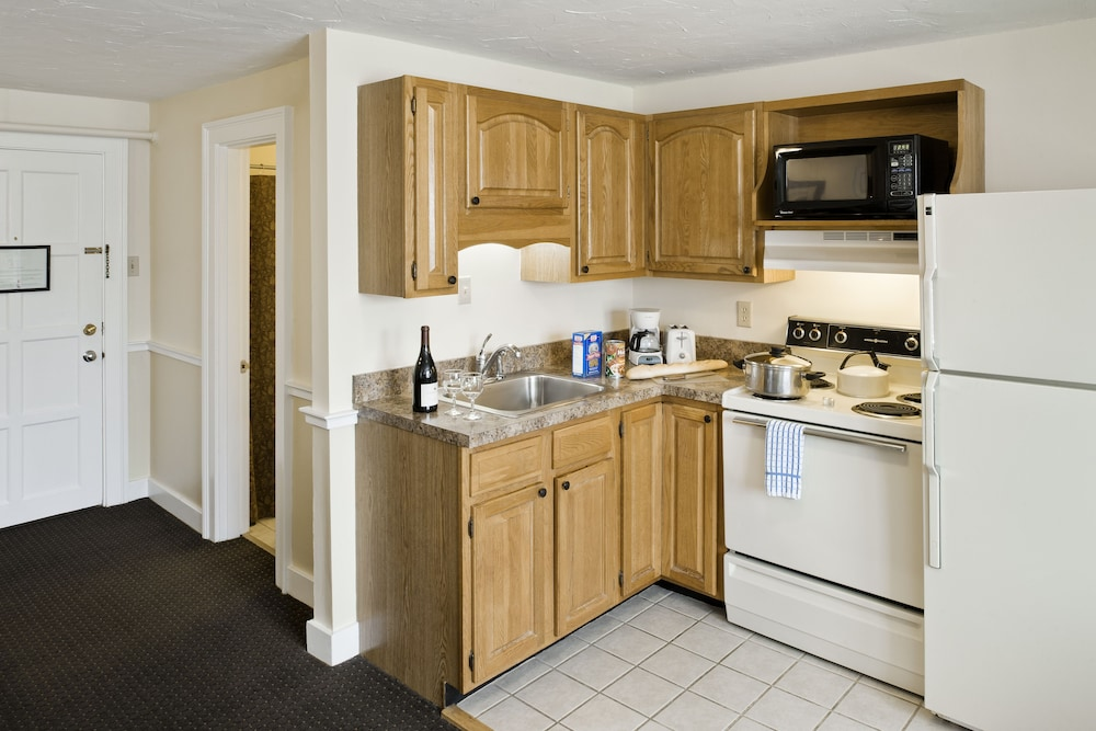 Private Kitchen, Steele Hill Resorts