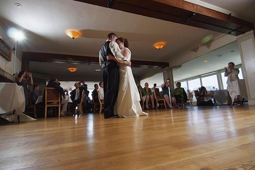 Indoor Wedding, Steele Hill Resorts