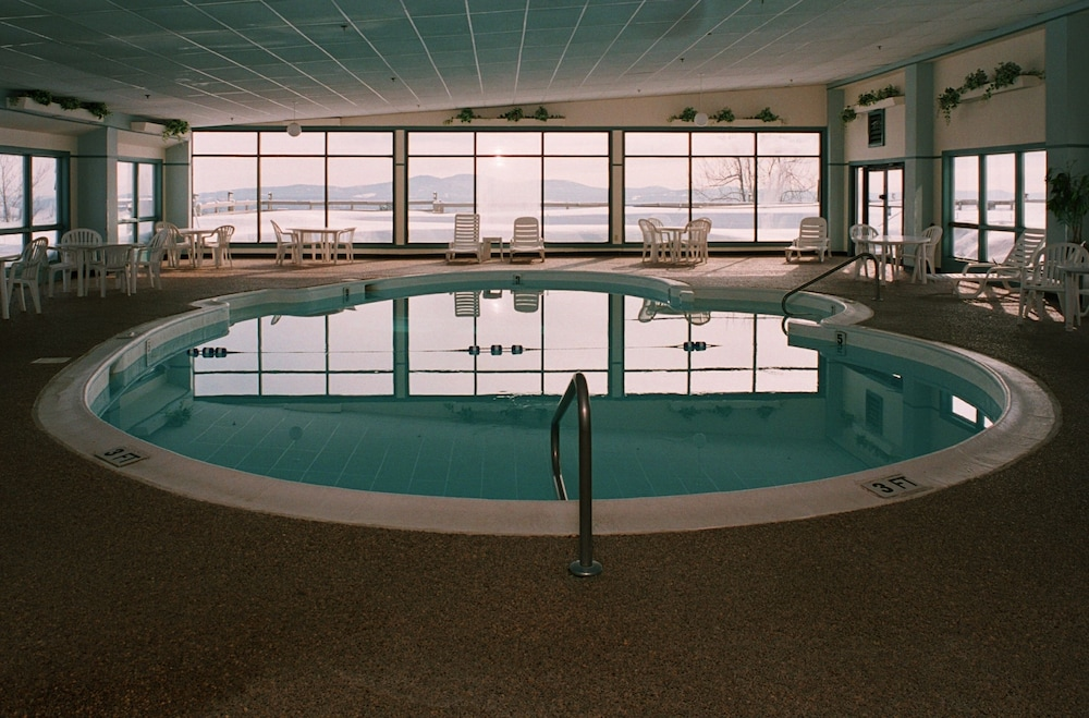 Indoor Pool, Steele Hill Resorts