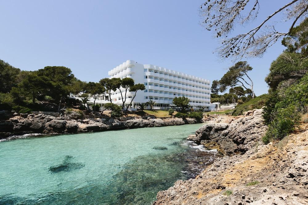 promo code f676d d983a AluaSoul Mallorca Resort Adults Only (Santanyi) – 2019 Hotel ...