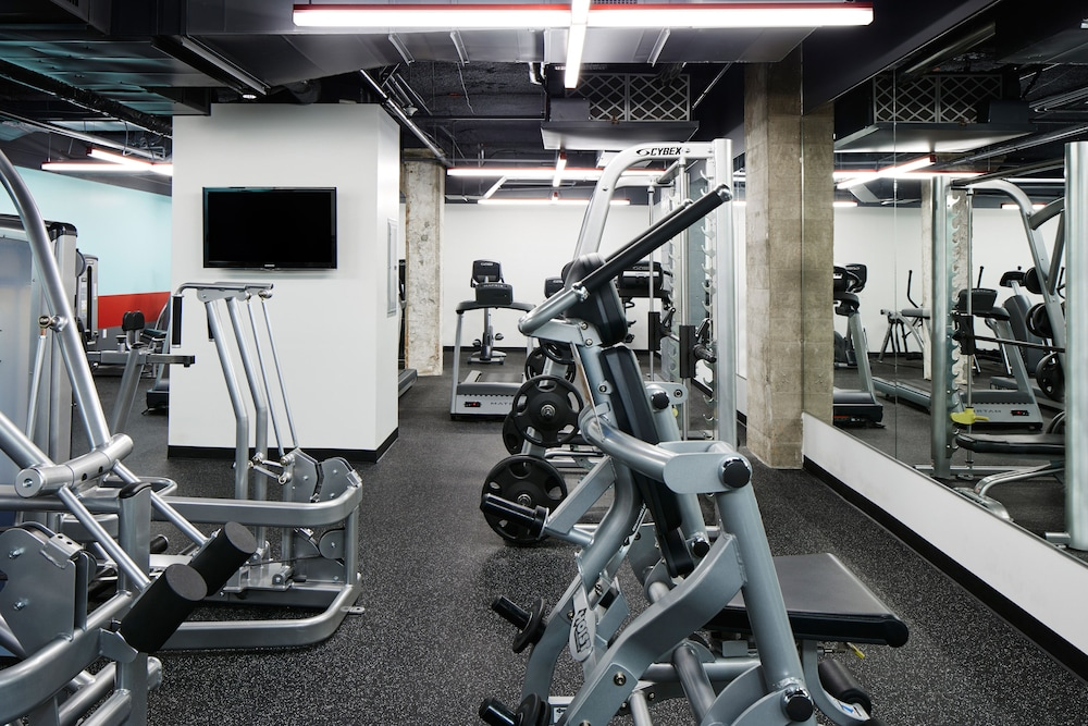 Fitness Facility, Club Quarters Hotel in Houston