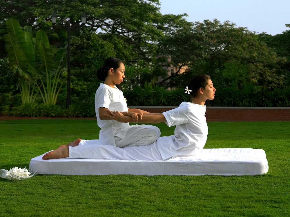 Yoga, ITC Grand Central, a Luxury Collection Hotel, Mumbai