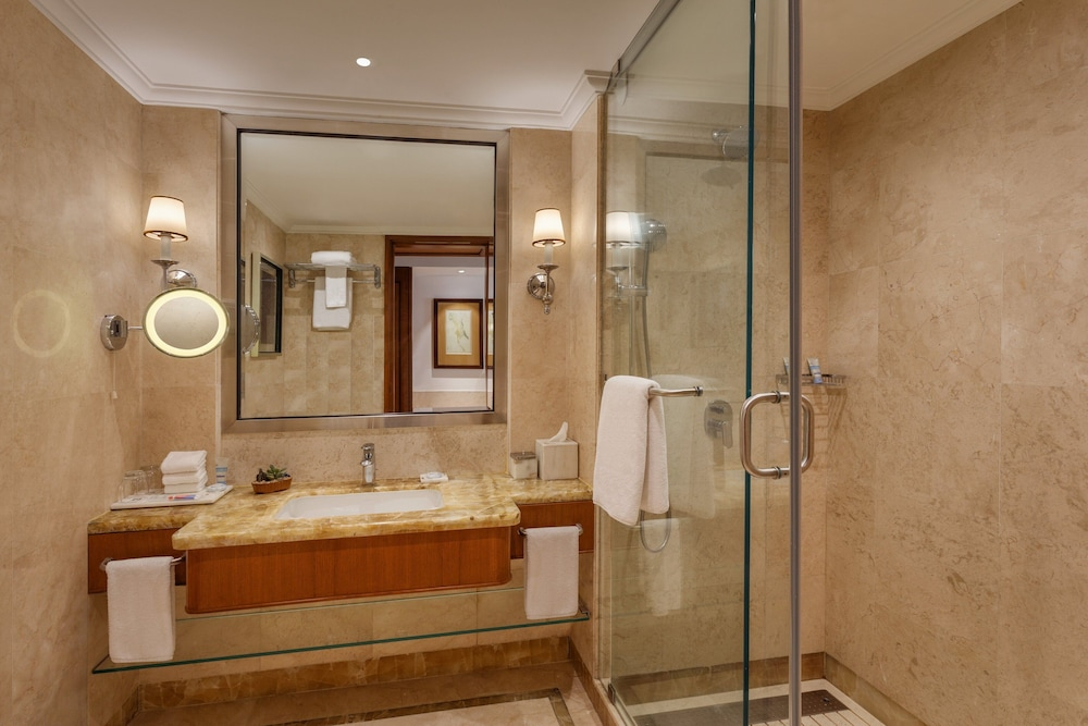 Bathroom, ITC Grand Central, a Luxury Collection Hotel, Mumbai