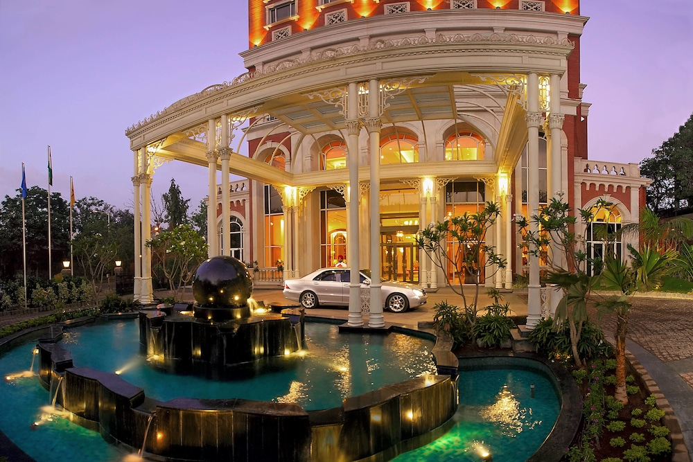 Fountain, ITC Grand Central, a Luxury Collection Hotel, Mumbai