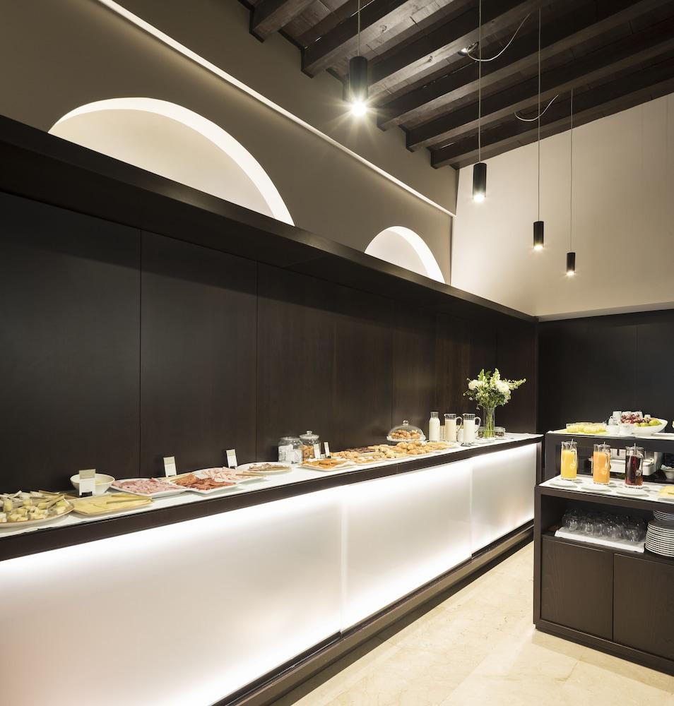 Desayuno bufé hotel posada del lucero