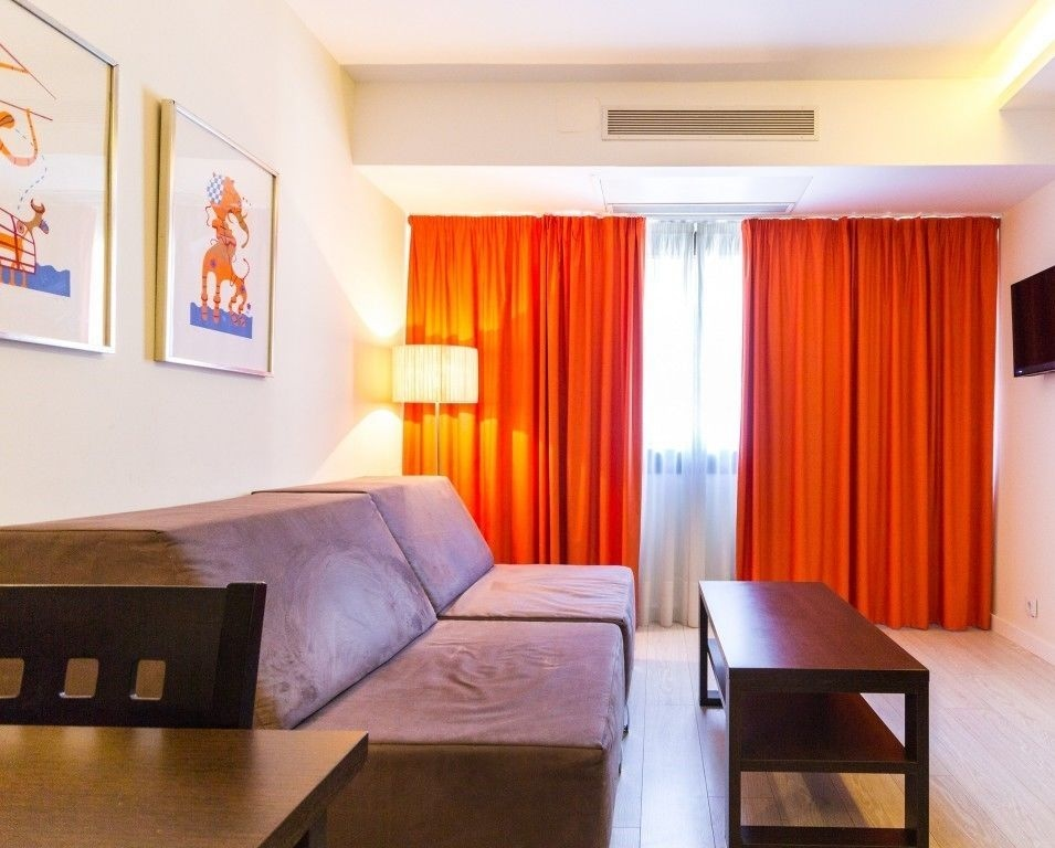 Apart hotel serrano recoletos in madrid hotel rates for Appart hotel madrid