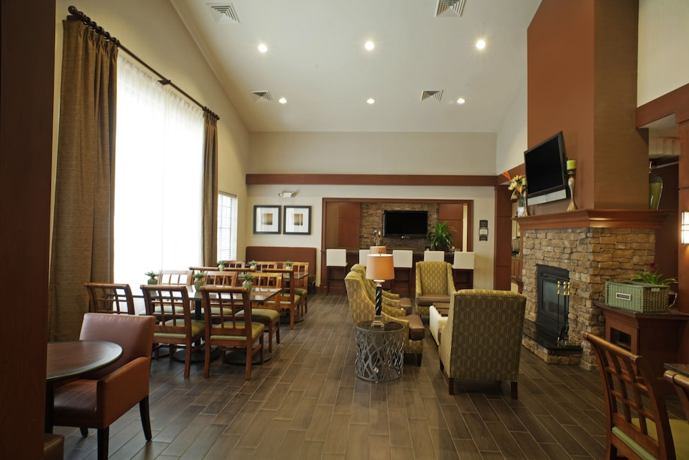 Dining, Staybridge Suites Chantilly - Dulles Airport