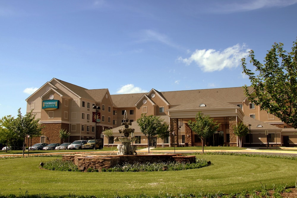 Exterior, Staybridge Suites Chantilly - Dulles Airport