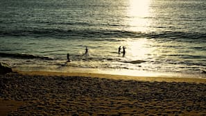 Playa privada y windsurf