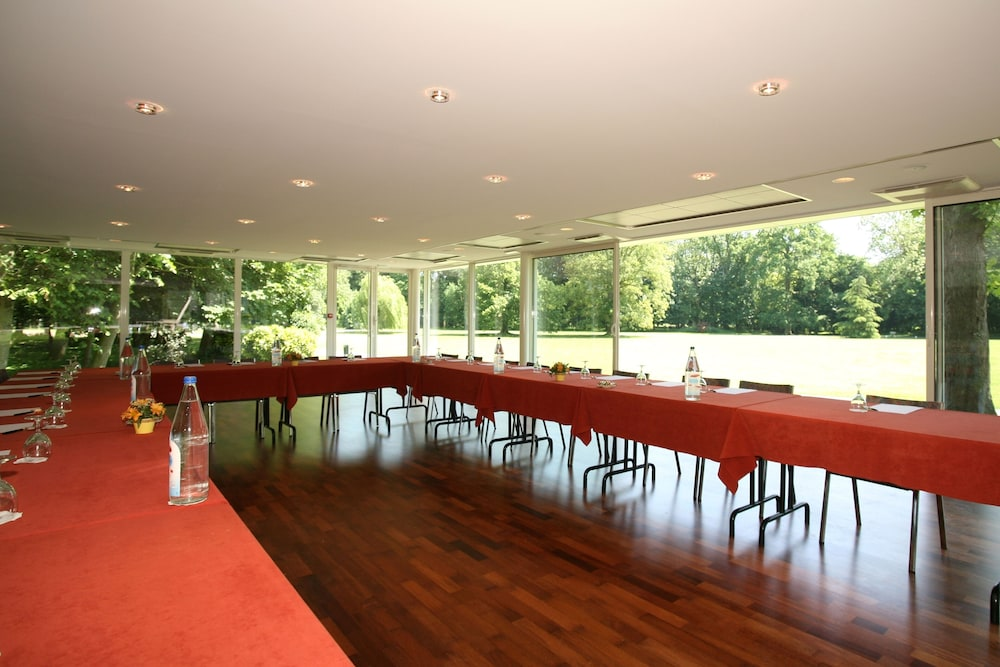 Meeting Facility, Chateau de La Motte Fénelon