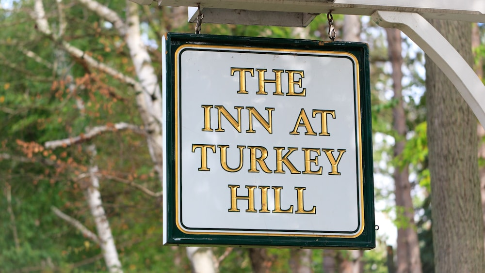 Property Entrance, The Inn At Turkey Hill