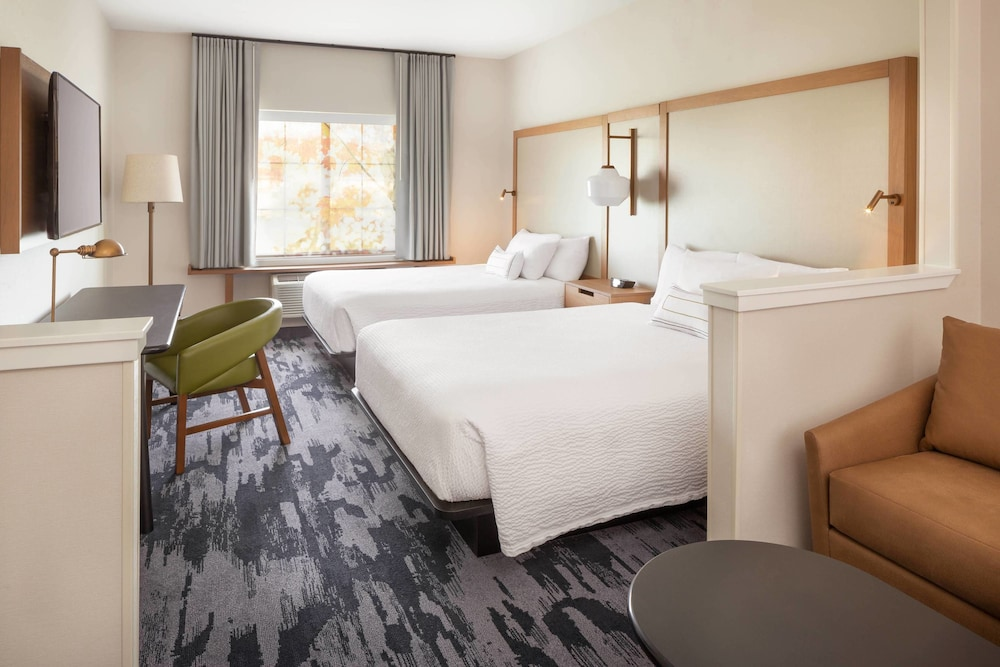 Room, Fairfield Inn & Suites by Marriott Napa American Canyon