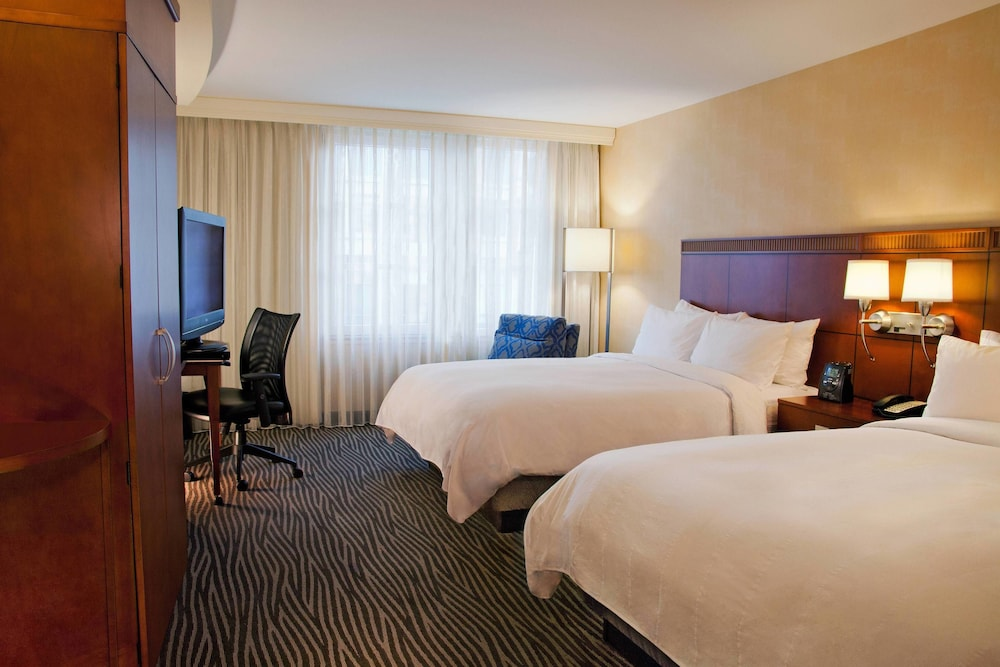Room, Courtyard by Marriott Seattle Bellevue/Downtown