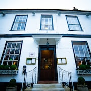 Warren Lodge Hotel