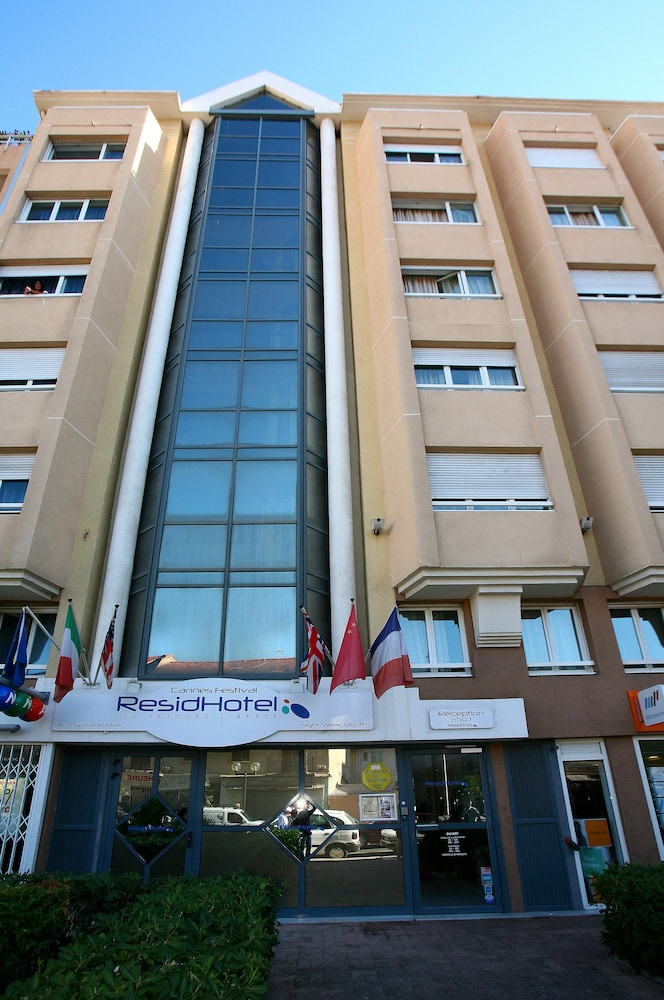 Residhotel cannes festival deals reviews cannes fra for Resid hotel
