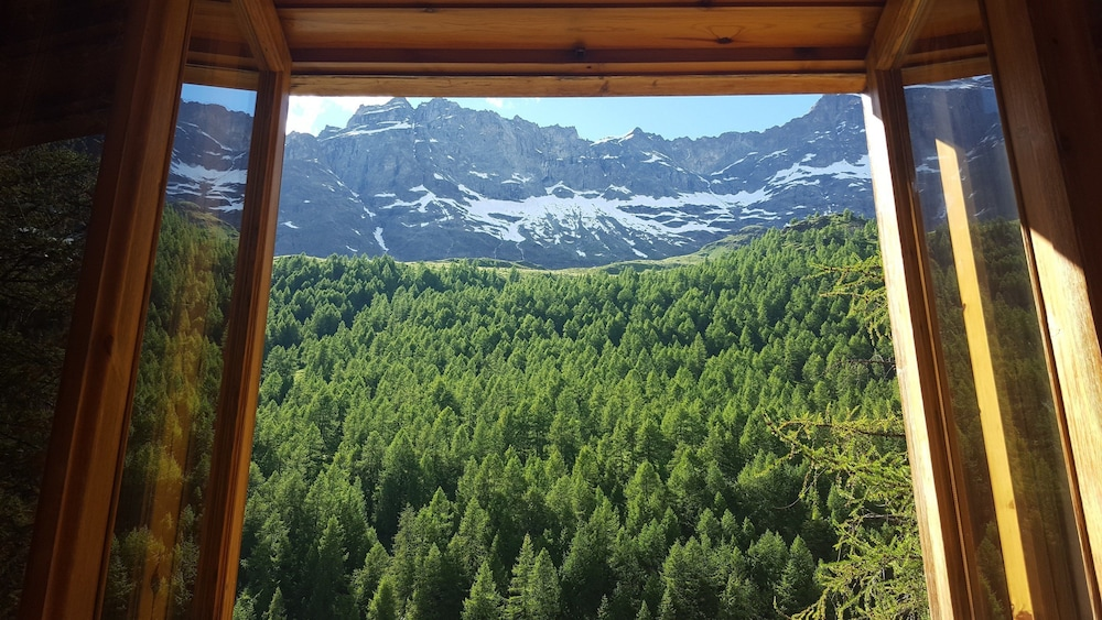 View from Property, Hotel Chalet Valdotain
