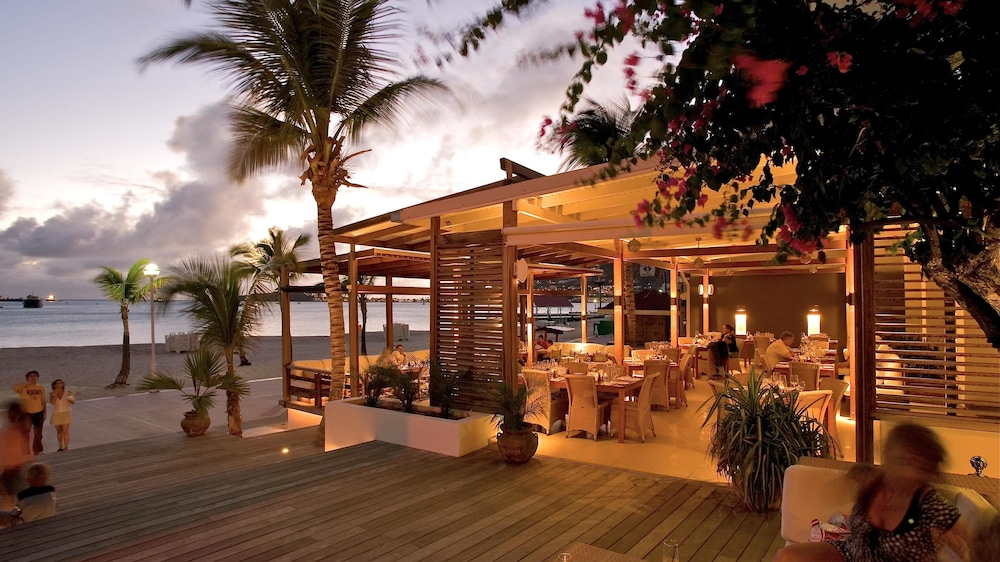 Restaurant, Holland House Beach Hotel
