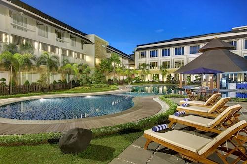 瑞雅婆羅洲馬辰飯店