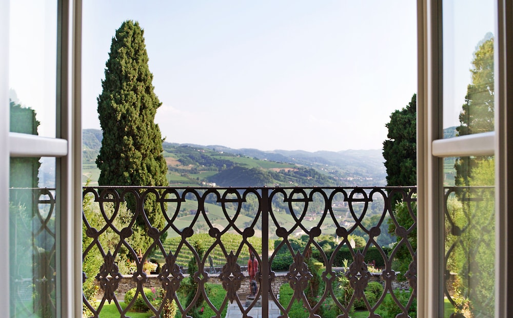 Land View from Property, Relais San Maurizio - LHW