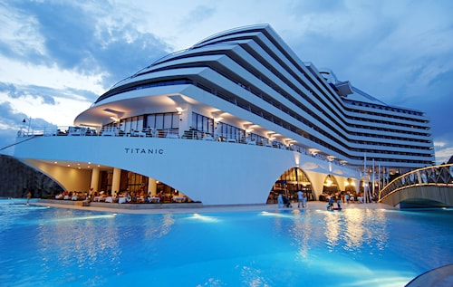 Titanic Beach Lara - All Inclusive