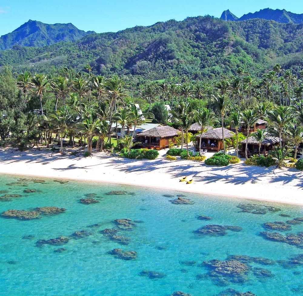 South Pacific Beaches: Rarotonga Beach Bungalows In Rarotonga, Cook Islands