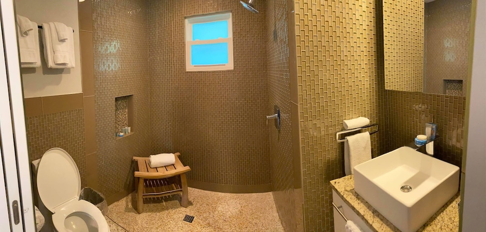 Bathroom, Captiva Beach Resort