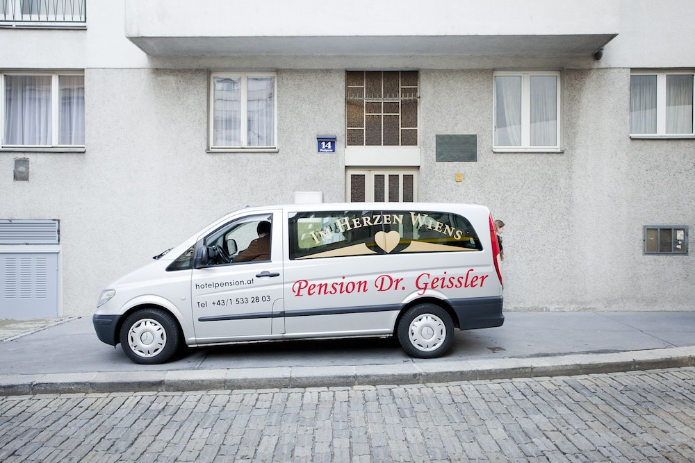 Airport Shuttle, Pension Dr. Geissler