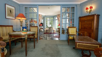 Chateau Spa De La Commanderie Eybens 103 Room Prices