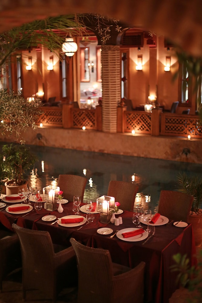 Outdoor Dining, La Maison Arabe Hotel, Spa and Cooking Workshops