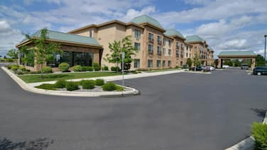 Best Western Premier Pasco Inn & Suites