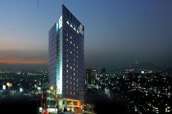 ソウルの江南エリアでトリプルルームのあるホテル