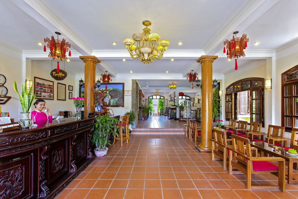 Lotus hoi an boutique hotel spa in hoi an hotel rates for Lotus boutique hotel