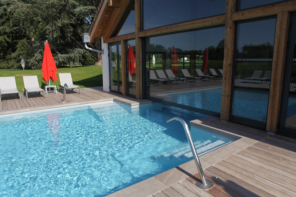Outdoor Pool, Les Maritonnes - Parc & Vignoble