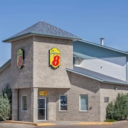 Super 8 by Wyndham Medicine Hat AB