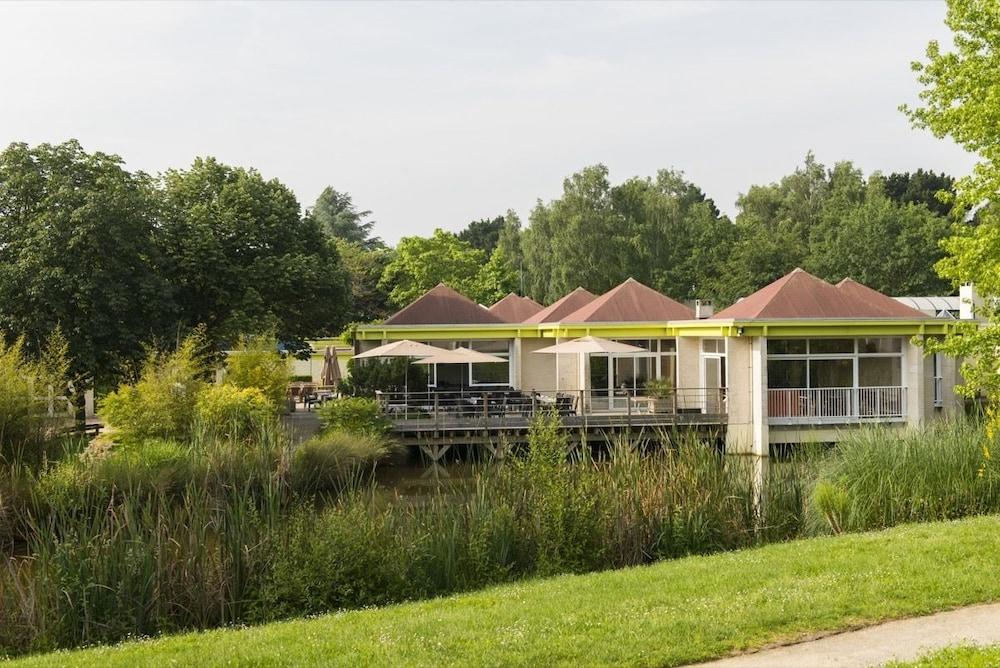 les jardins de l 39 anjou mauges sur loire room prices reviews travelocity. Black Bedroom Furniture Sets. Home Design Ideas