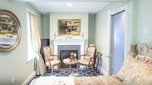 高級寢具、設計自成一格、家具佈置各有特色、免費 Wi-Fi