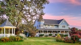 Blue Mountain Mist Country Inn - Sevierville Hotels