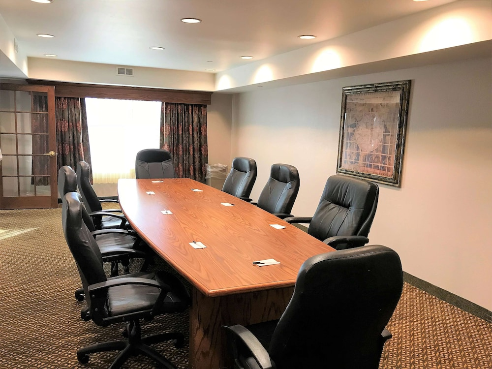 Meeting Facility, Country Inn & Suites by Radisson, Zion, IL