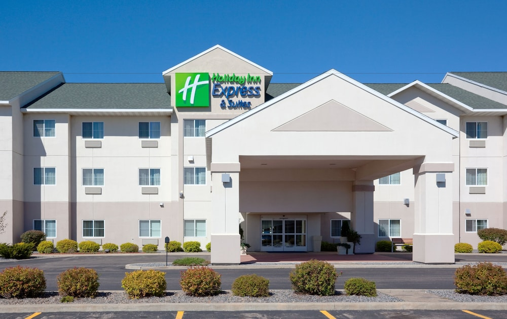 Featured Image, Holiday Inn Express and Suites Stevens Point