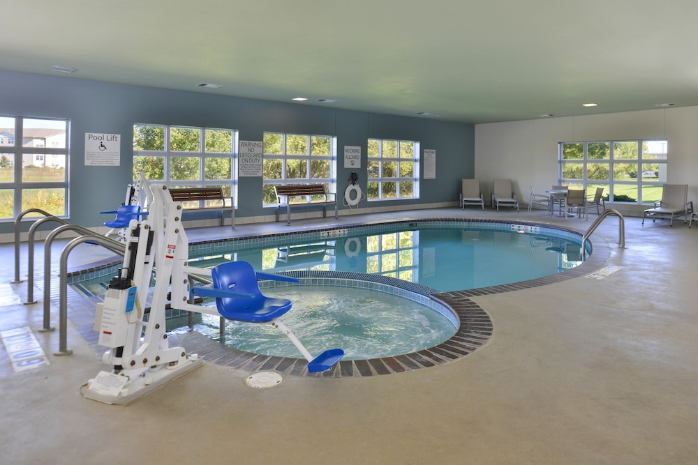 Indoor Pool, Holiday Inn Express and Suites Stevens Point