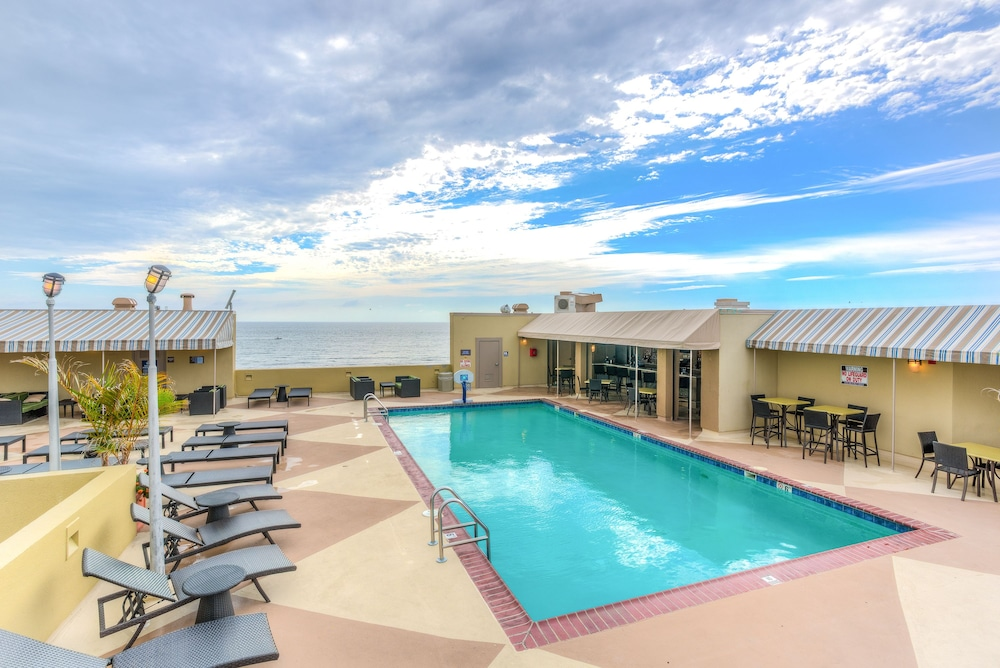 Beach quarters by diamond resorts in norfolk virginia - Hotels with swimming pools in norfolk ...