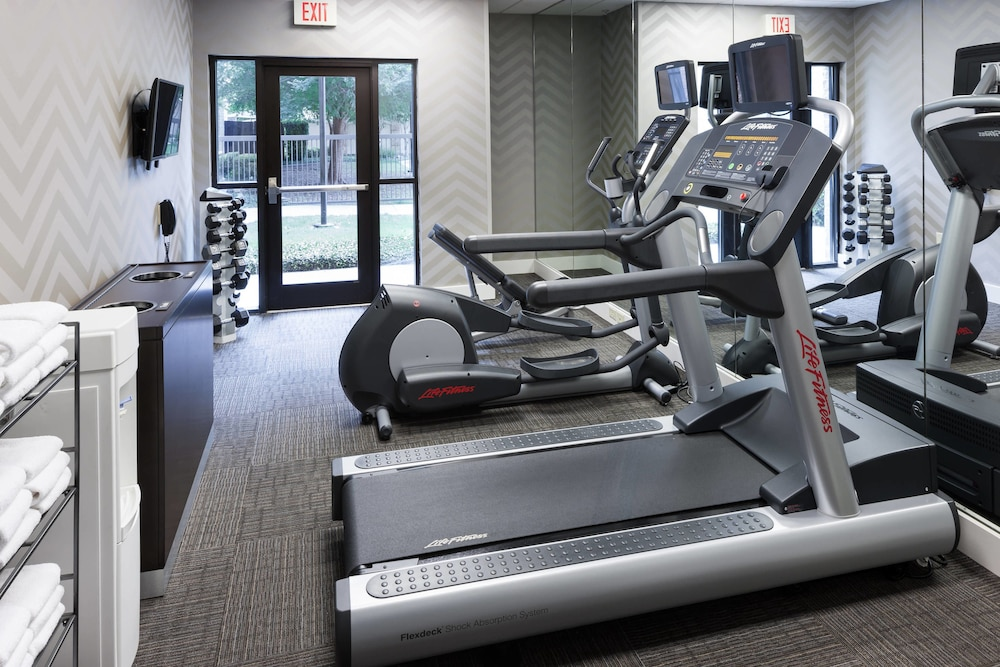Gym, Residence Inn by Marriott Fort Worth Cultural District