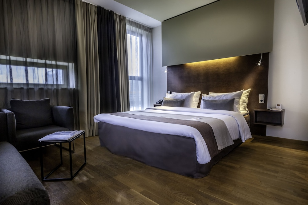 Dutch design hotel artemis amsterdam hotelbewertungen for Artemis dutch design hotel 4
