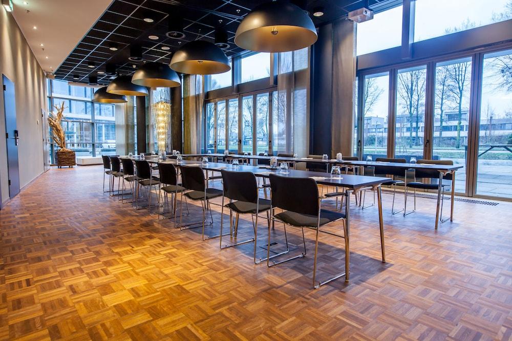 Dutch design hotel artemis reviews photos rates for Artemis dutch design hotel 4