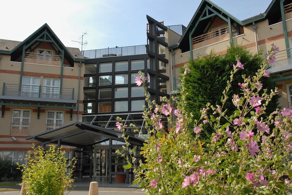 LES PORTES DE SOLOGNE GOLF SPA Ardon Allee Des Vents - Hotel les portes de sologne