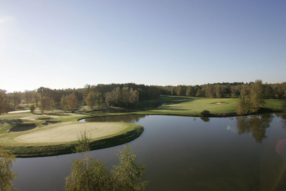 Les portes de sologne golf spa ardon allee des 4 vents - Les portes de sologne golf and spa 4 etoiles ...