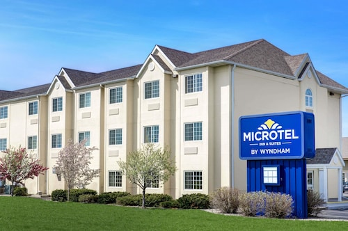 Great Place to stay Microtel Inn & Suites by Wyndham Mankato near Mankato