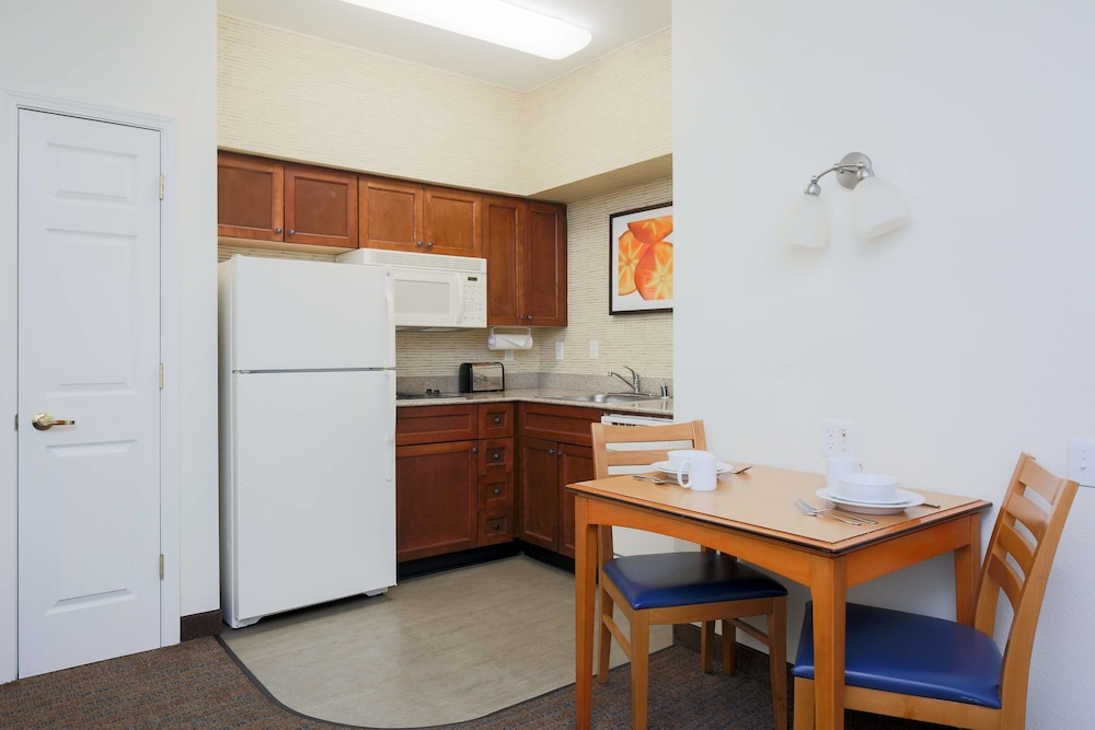 Private Kitchen, Residence Inn by Marriott Chico