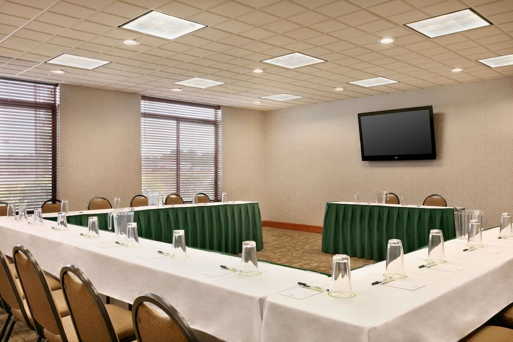 Meeting Facility, Wingate by Wyndham Vienna/Parkersburg